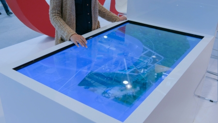 Anti-glare glass innovation for touchscreen duties