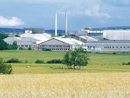Networking Air Compressor Systems for O-I's Plants in France Spells Energy Savings